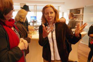 RBB-Intendantin Patricia Schlesinger im Gespräch. Foto: Ulrich Horb