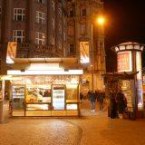 P1310111wenzelsplatz-kiosk